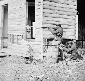 At Dutch Gap 1864 <credit: americancivilwarphotos.com